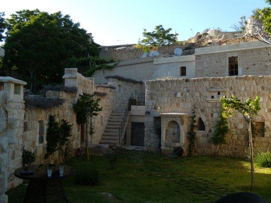 Selcuklu Evi: Semi-private garden