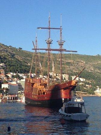 Cruises With Karaka: au port
