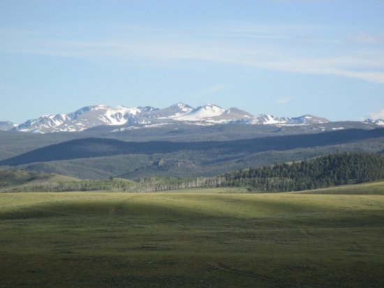 Laramie River Dude Ranch : View of the valley