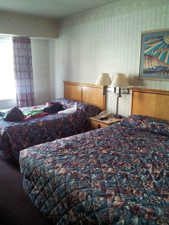 Double Eagle Hotel and Casino: Room 442