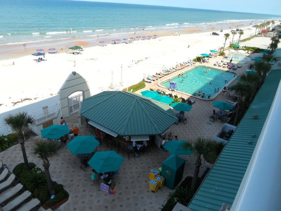 Daytona Beach Resort and Conference Center : View from Balcony