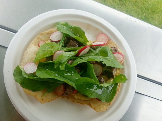 StrEatery 82 : Rare beef tostada: seared highlander beef, caper aioli, rocket & radish tossed in lime/olive oil