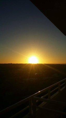 Rendezvous Hotel Perth Scarborough: sunrise ard 7 plus