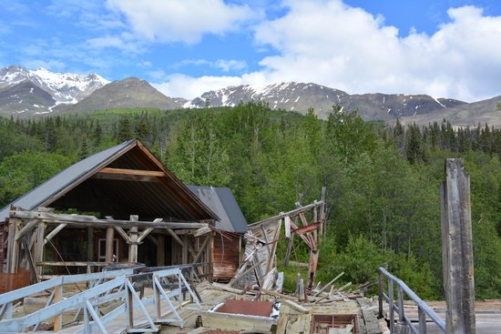 St. Elias Alpine Guides: Top of the Kennecott Concentration Mill
