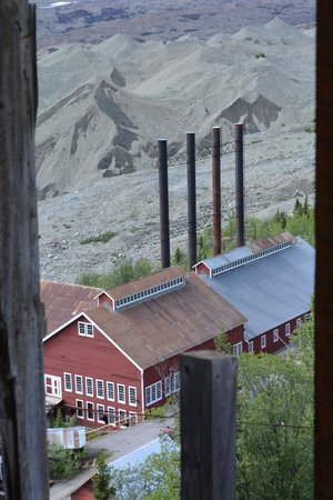 St. Elias Alpine Guides: Kennecott Power Plant