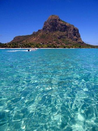 Beachcomber Dinarobin Hotel Golf & Spa: Salida de snorkel