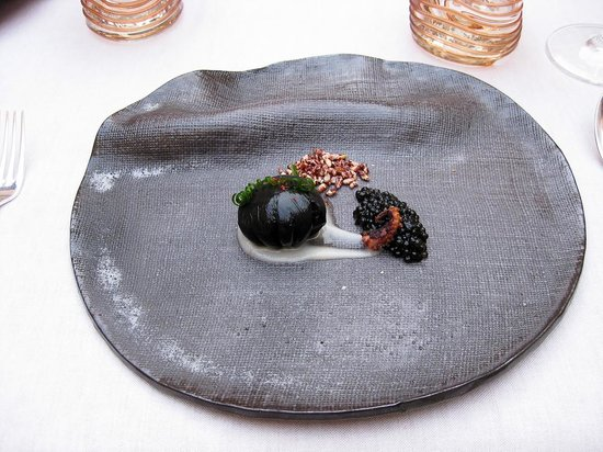 "Zaranda: the ""black egg"""