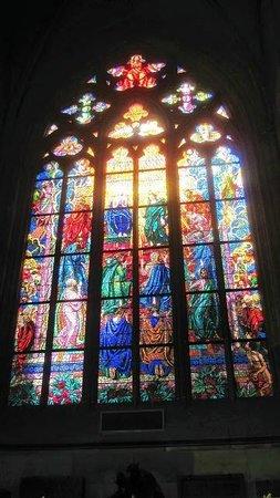 Veitsdom (Chram svatého Víta): Vidriera