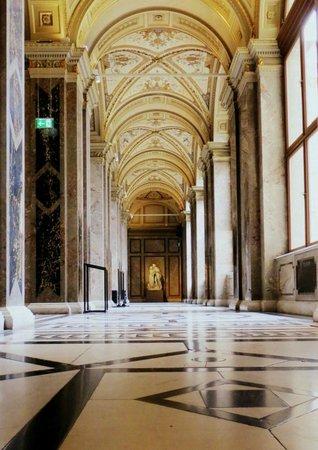 Kunsthistorisches Museum: Wnętrze