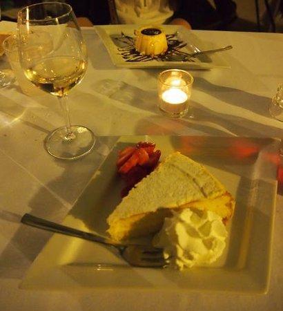 Da Rino: Panna cota au caramel et tarte au citron des 5 terres