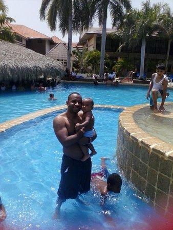 IFA Villas Bavaro Resort & Spa: disfrutando de la pisina