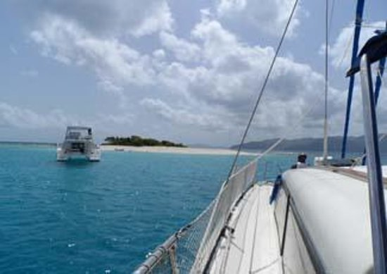 Kuralu Private Catamaran Charters: sandy spit