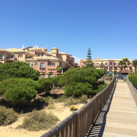 Barcelo Punta Umbria Beach Resort: La mer a 100m