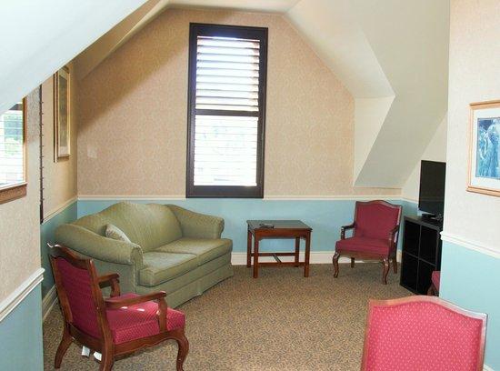 Arlington Hotel: Room 2 of 2 Room Suite