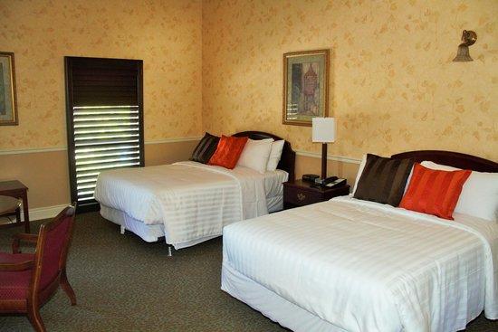 Arlington Hotel: 2 Double Beds
