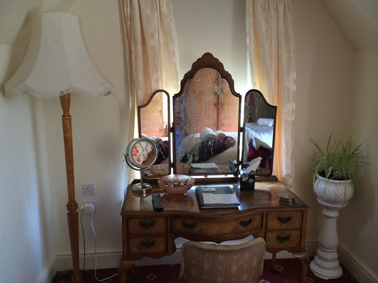 Beautiful dressing table in room