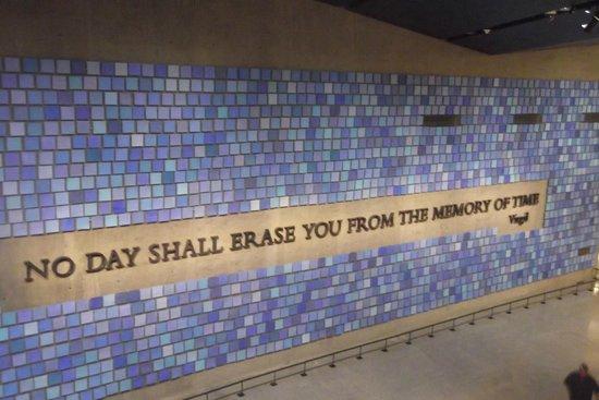 Mémorial du 11-Septembre : Memorial Wall