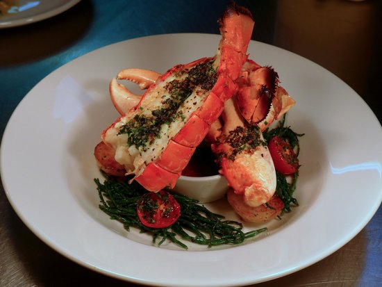 Hooked Restaurant: Fresh Boulmer lobster on warm samphire & tomato salad with Bloody Mary sauce.