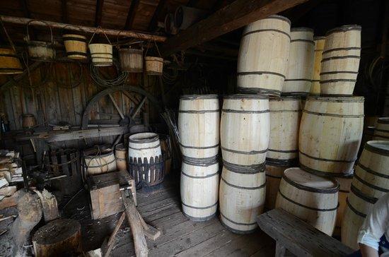 Ross Farm Museum : Barrel finish