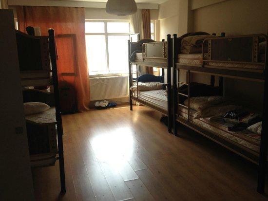 Starlet hostel: 6 bedrooms room