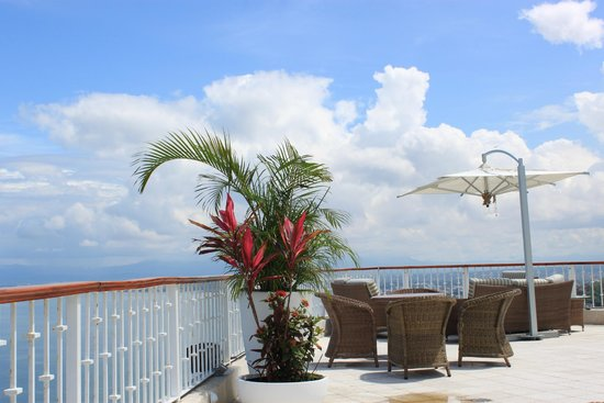 Grand Miramar All Luxury Suites & Residences: Sky Lounge