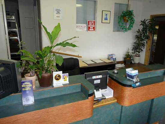 A-1 Alberni Inn: Office
