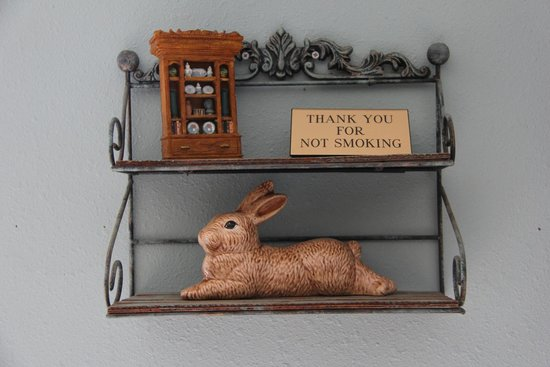 Sweetgrass Inn Bed & Breakfast: cute decor