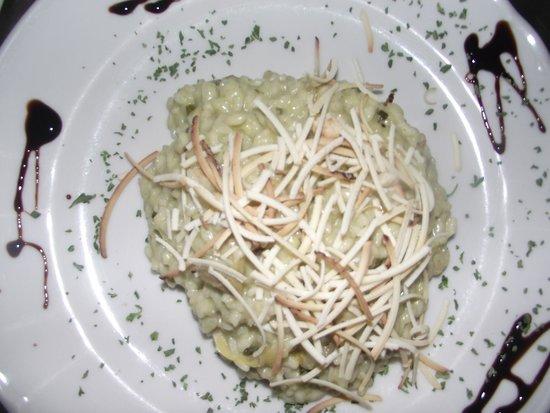 Hotel alla Campagna: Risotto asparagi e scamorza / Rice with asparagus and cheese
