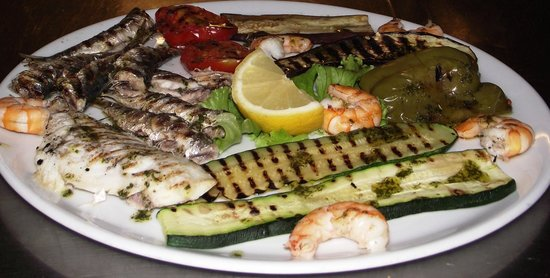 Hotel alla Campagna: Grigliata di pesce / Grilled fish