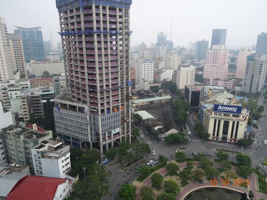 Renaissance Riverside Hotel Saigon: View from the roof