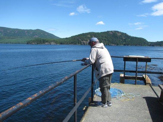 Brown's Bay Resort: Fishing