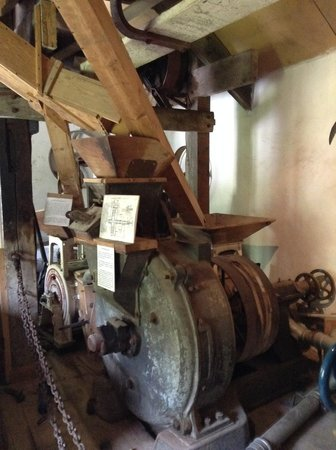 Hele Corn Mill & Tea Room: The workings of the mill
