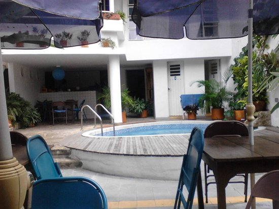 Jardin Azul: Outdoor kitchen and pool area, that's it