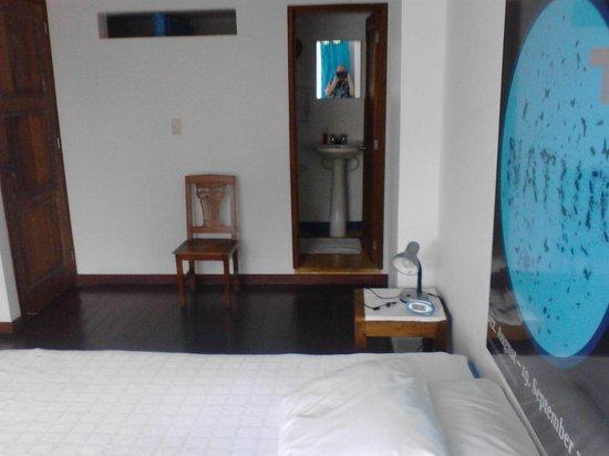Jardin Azul: bedroom & bath
