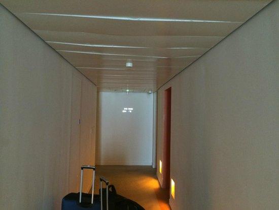 St Martins Lane London Hotel : Hallway, Metal ceiling panels