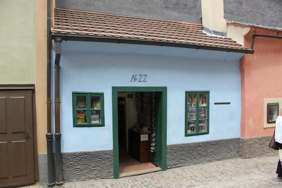 Prague Castle: Casa da Kafka no Beco do Ouro