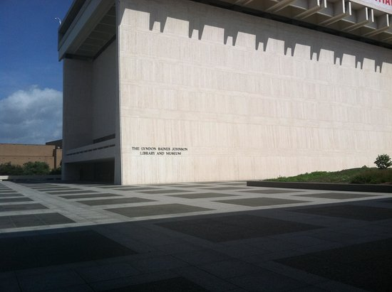 LBJ Presidential Library: Outside of Building