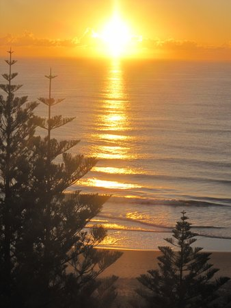 Burleigh Mediterranean Resort: June sunrise