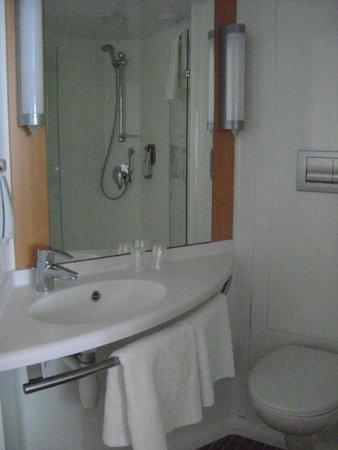 Ibis London Shepherds Bush : banheiro
