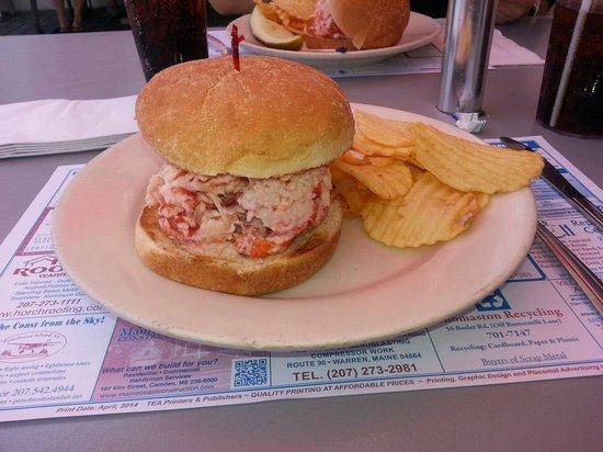Marriner's Restaurant: Lobster roll