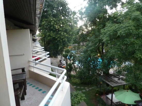 Thara Patong Beach Resort & Spa : View out from Balcony
