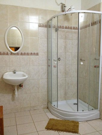 Pirwa Posada del Corregidor: Bathroom