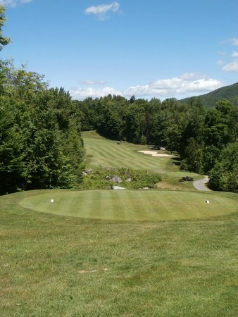 Green Mountain National Golf Course: elevated tee on # 10 at GMN