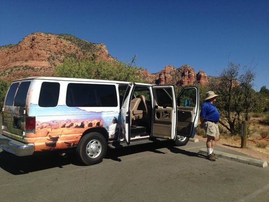 DETOURS of Arizona: Les, our tour guide, near our comfy coupe.