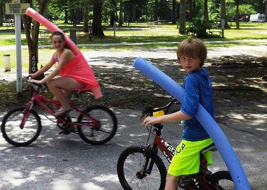 Holiday Trav-L-Park : 2014 bike riding