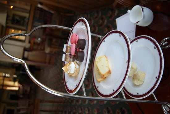 The Inn on Biltmore Estate: Sweets with Tea!