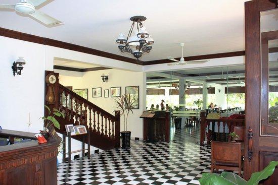 Chateau d'Angkor La Residence: Lobby