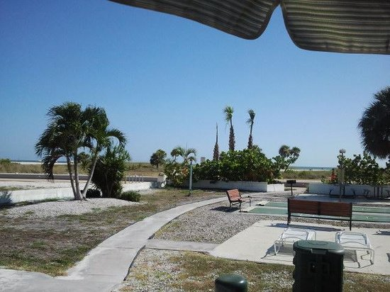 Algiers Gulf Resort: Blick vom Motel auf den Strand