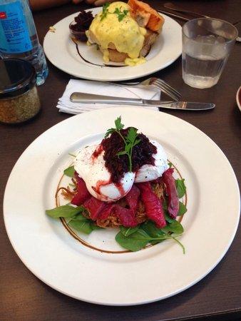 Vudu Cafe & Larder: the beetroot soaked salmon ��