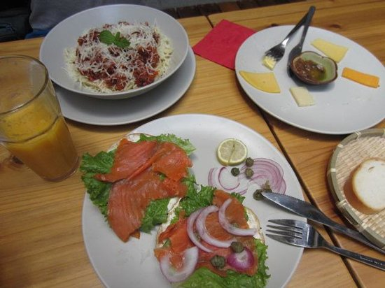 The Bakery No. 88 : Salmon Sandwich, Italian pasta and Cheeses